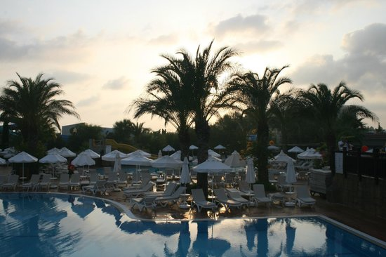 Liberty Hotels Lara : Avond