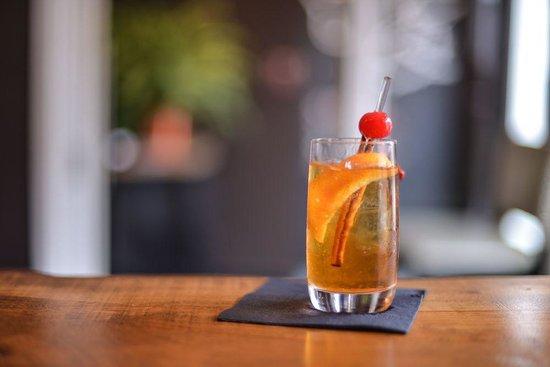 Tango Nuevo Tapas & Wine : Classic cocktails...