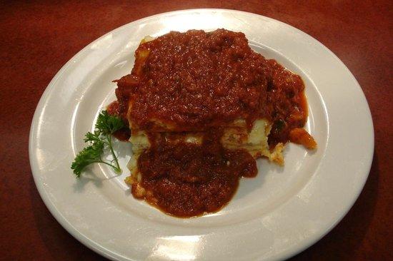 Rovali's Ristorante Italiano: Home of Rovali's Famous Lasagna