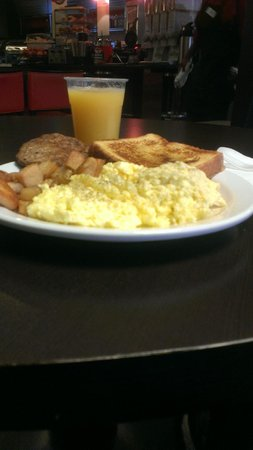 Country Inn & Suites By Carlson, Dallas-Love Field (Medical Center) : Great Daily Breakfast Buffet