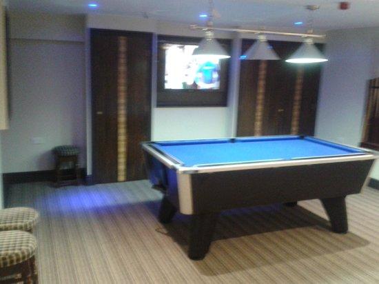 The Gate Inn : Pool -Darts - Sports TV