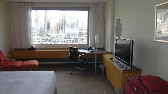 Novotel Sydney on Darling Harbour : Bedroom