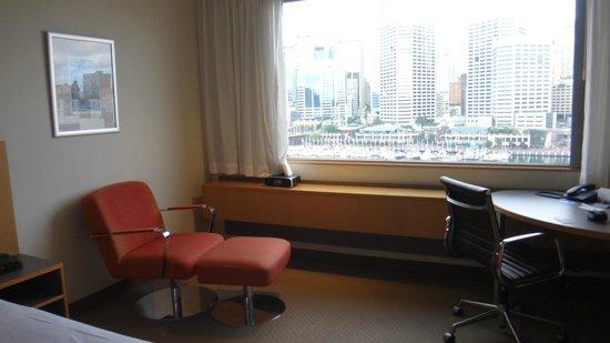 Novotel Sydney on Darling Harbour : Room