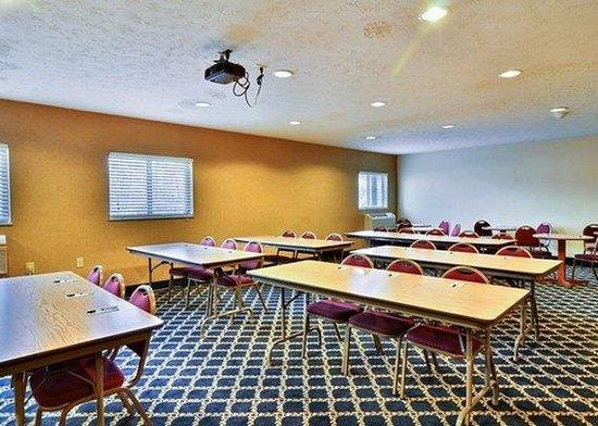 Comfort Inn: OHMeeting Room