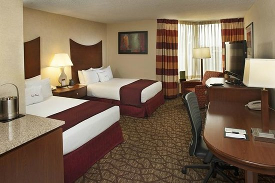 DoubleTree by Hilton Murfreesboro: Double Bedroom