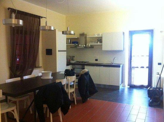 Borgo San Giusto: Sala da pranzo e cucina