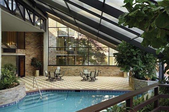 DoubleTree by Hilton Murfreesboro : Indoor Pool