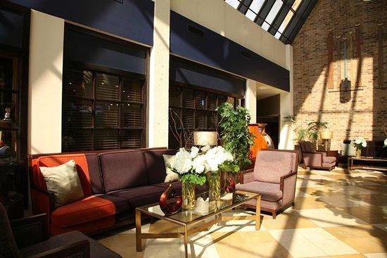 Doubletree by Hilton Hotel Murfreesboro: Lobby