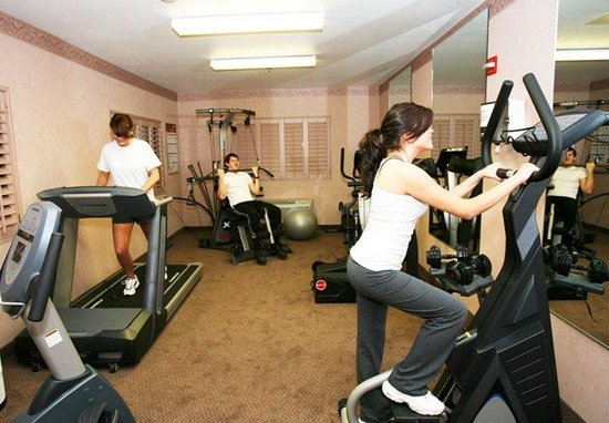 Holiday Inn Express Hotel & Suites Rancho Mirage - Palm Spgs Area: KICK START YOUR HEART AND STAY FIT