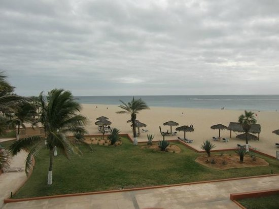 Holiday Inn Resort Los Cabos All-Inclusive: more beach