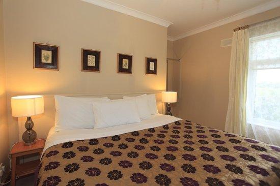 Eaglehill B&B: Pink Bedroom