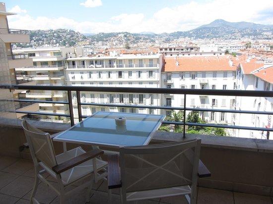 Hyatt Regency Nice Palais de la Mediterranee: View from our balcony