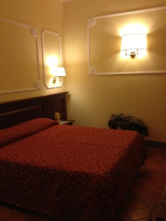 Hotel California Florence: Il letto