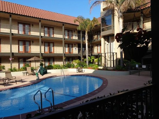 Embassy Suites by Hilton Lompoc Central Coast: pool