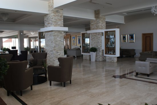 Asterias Beach Hotel: The Hotel Foyer