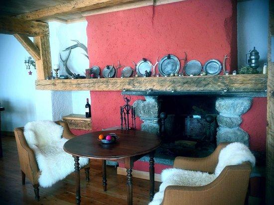 Locanda La Brenva : la Brenva sala pranzo