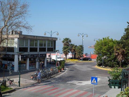 Riviera Hotel: vista lateral