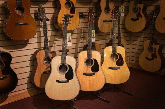 Northern Lights Music: Martin Guitars