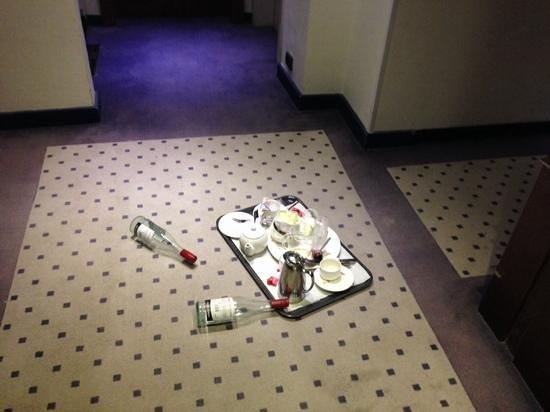 Hotel Silken Berlaymont Brussels: 1 jour et demi dans le couloir