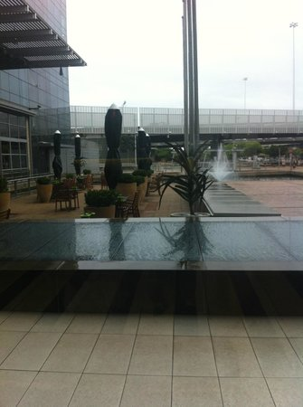 The Westin Cape Town: View of outside bar/lounge seating from inside hotel lobby