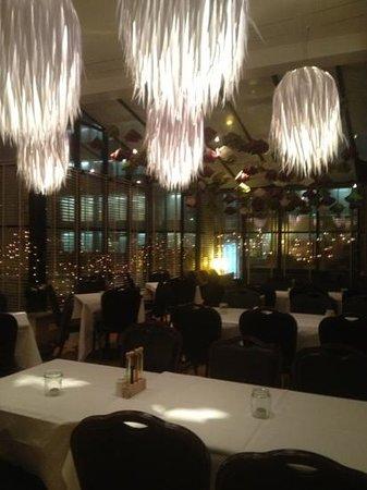 Fosshotel Lind : Hotel foss lind bar