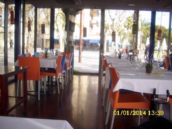 Blau de Vilanova: El 1 de Enero ya en el interior de la terraza.
