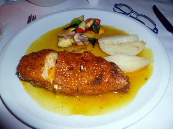 La Provincia: pollo o pesce relleno in salsa di mango