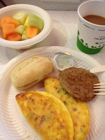 Hampton Inn & Suites by Hilton - Miami Brickell Downtown: Western omlettes are my favorite