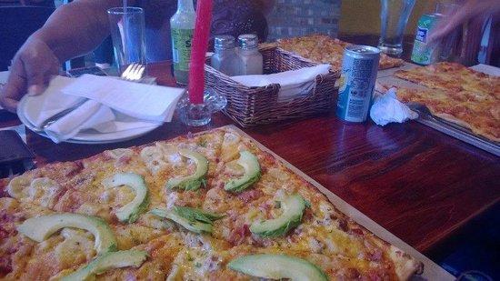 Bits n Pizzas: square pizzas