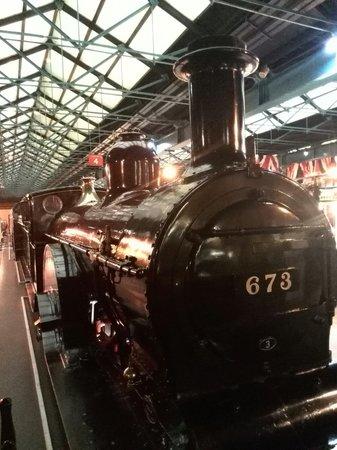 British National Railway Museum : 下火车走5分钟就到了,国家火车博物馆,很近。里面虽然不能与中国的博物馆相比,但却值得游览。