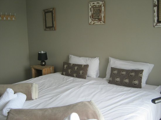 The Backpackers in Green Point: room for 4 people - double bed