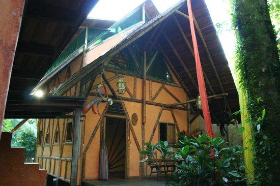 Tree House Lodge: The Garden House / Casa Bambu