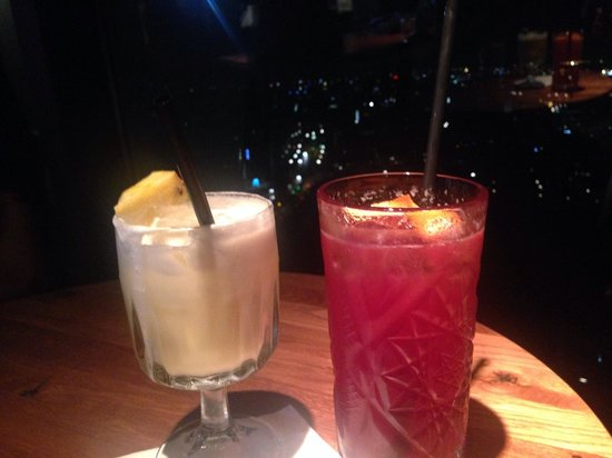 clouds - Heaven's Bar & Kitchen: Drinks at Cloud