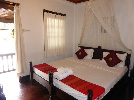 Villa Senesouk: Room