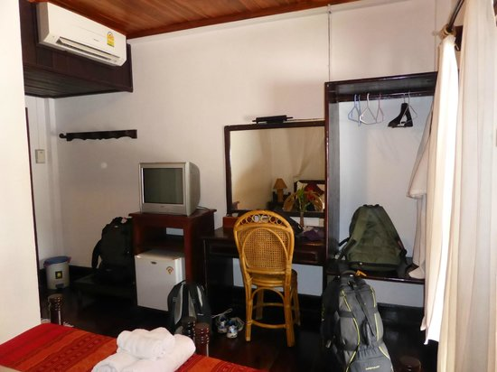 Villa Senesouk : Room