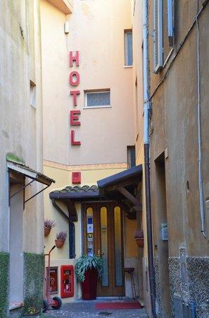 Hotel Signa : Hotel
