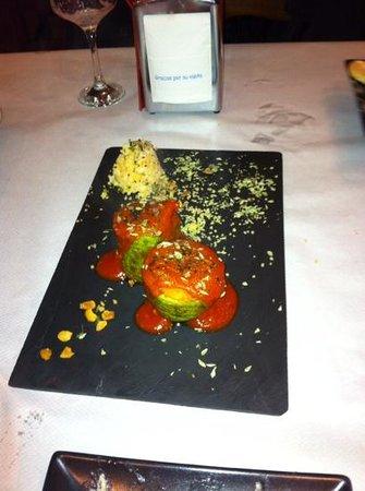 Tierra ConFusion: calabacin con salsa boloñesa y soja