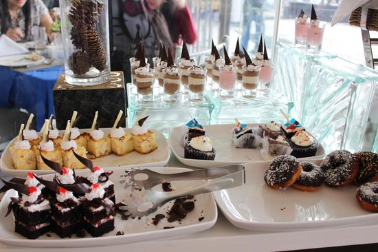 Best Western Plus Lex Cebu: dessert at breakfast buffet