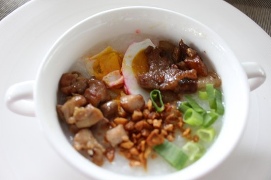 Best Western Plus Lex Cebu: my favorite at breakfast, congee rice porriage with the toppings