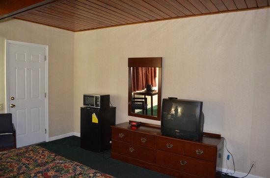 Paramount Motel: p