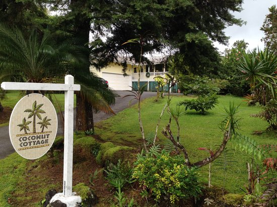 Photo of Coconut Cottage Bed & Breakfast Pahoa