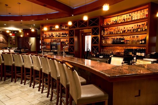 Redwater Rustic Grille - South: The bar