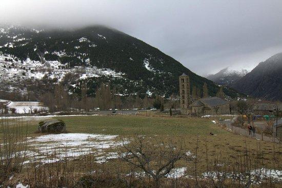 Hotel el Rantiner: Vista de Sant Climent de Taüll desde el hotel