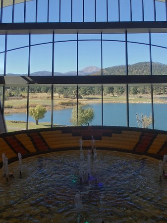 Inn of the Mountain Gods Resort & Casino : View from the Lobby