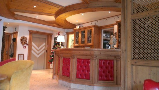 Hotel Flora : Hall