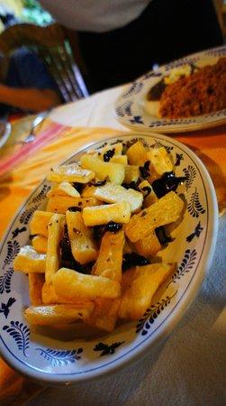 Restaurant Maya Cañada: Yuca frita $55--delicious