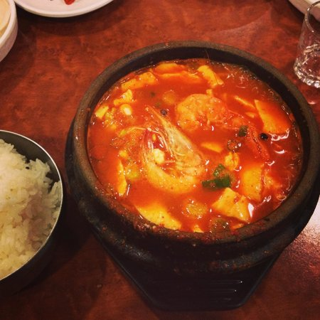 Lighthouse Tofu & BBQ: spicy seafood soondubu jiggae