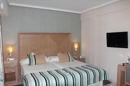 Hotel Balcon de Europa: Room 914