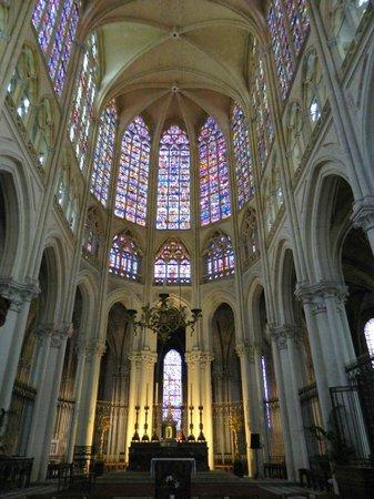 Cathédrale Saint-Gatien : Cathédrale St. Gatien (1170-1547)