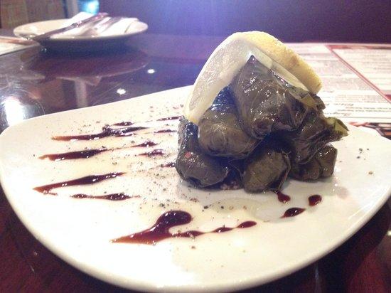 Nora's Kabob Mediterranean Grill: dolmades